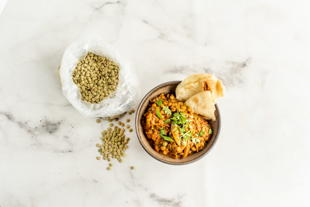 curried lentils served with naan bread